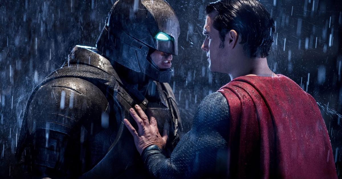 batman e superman si fronteggiano vis a vis - nerdface