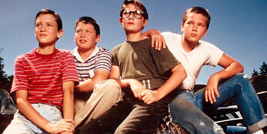 i quattro amici di stand by me sono tornati dal viaggio, sono adulti ormai - nerdface