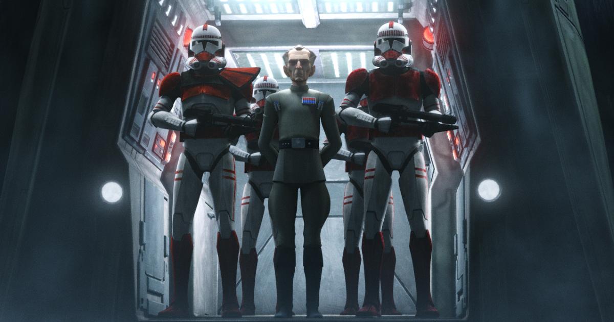 tarkin esce da una nave spaziale, scortato dalla sue guardie del corpo - nerdface