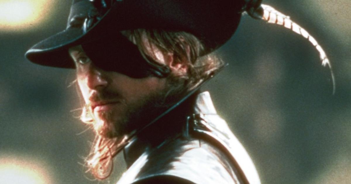 Tim Roth nei panni dell'antagonista Febre nel film D'Artagnan - nerdface