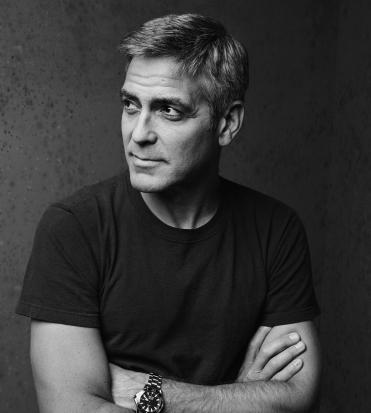 Primo piano di George Clooney - nerdface