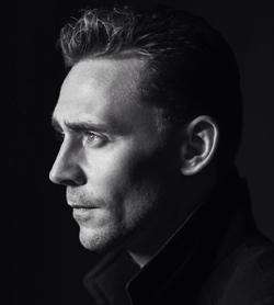 Primo piano di Tom Hiddleston - nerdface