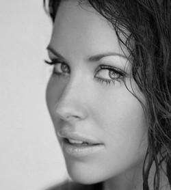 Primo piano di Evangeline Lilly - nerdface