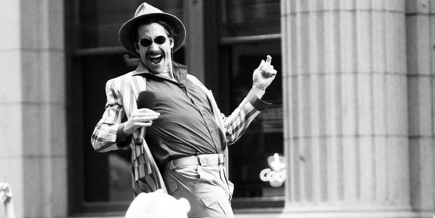Jake Gyllenhaal interpreta lo zoologo Johnny Wilcox in Okja - nerdface