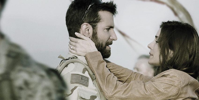 bradley cooper e sienna miller si salutano prima che lui parta per l'iraq - nerdface