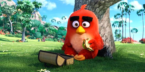 red è pensieroso prima di mangiare un tramezzino mentre è poggiato su un albero - nerdface