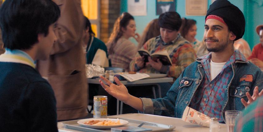 javed è a una mensa con un suo amico - nerdface