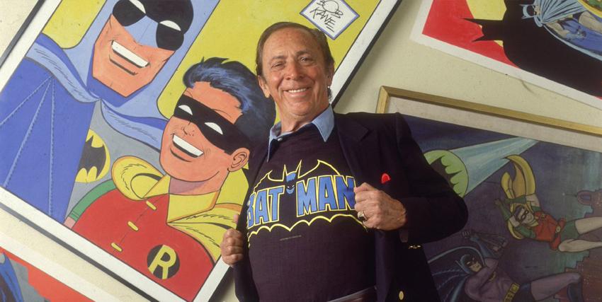 bob kane con la felpa di Batman