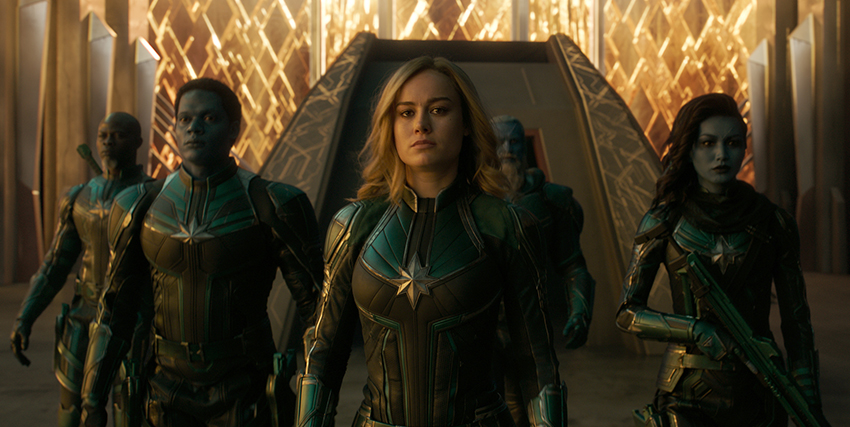 Captain Marvel insieme ai suoi alleati - nerdface