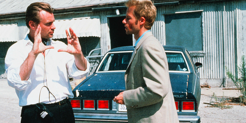 Christopher Nolan sul set di Memento - nerdface