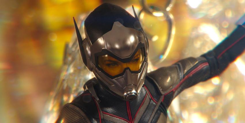 Primo piano di Evangeline Lilly con la tua di The Wasp in Ant-Man anche the Wasp - nerdface