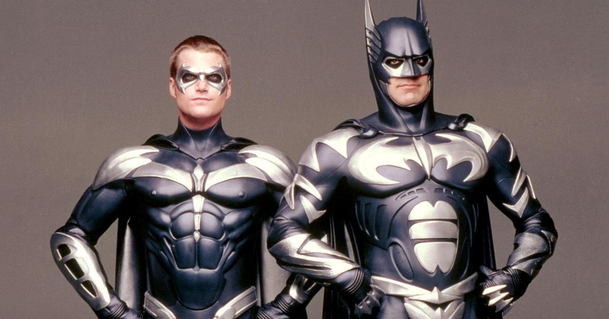 Batman e Robin spalla a spalla nella versione con George Clooney - nerdface