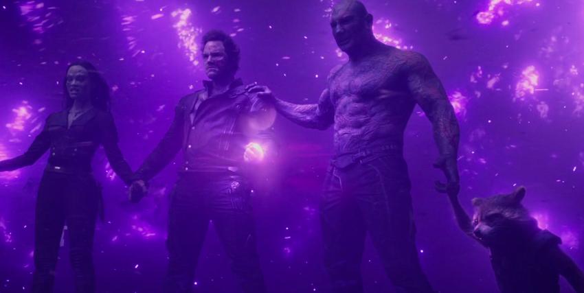 I guardiani della galassia circondati da un'aura viola - nerdface