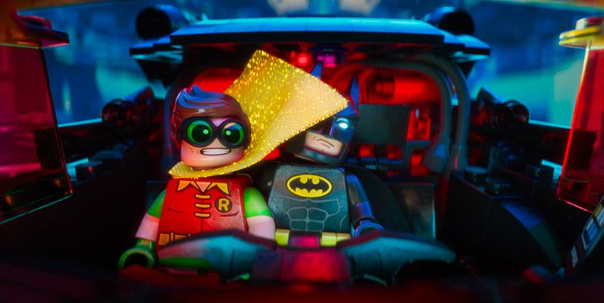 Lego Batman e Robin all'interno della Batmobile - nerdface