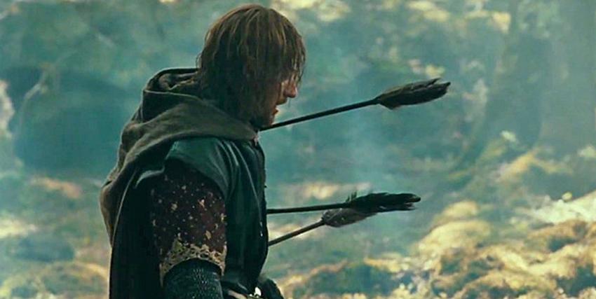 la celebre scena in cui boromi interpretato da sean bean viene trafitto dalle frecce degli ne il signore degli anelli - nerdface