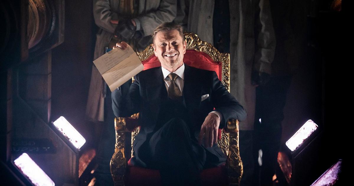 sean bean è seduto su un trono (non di spade) e ride - nerdface