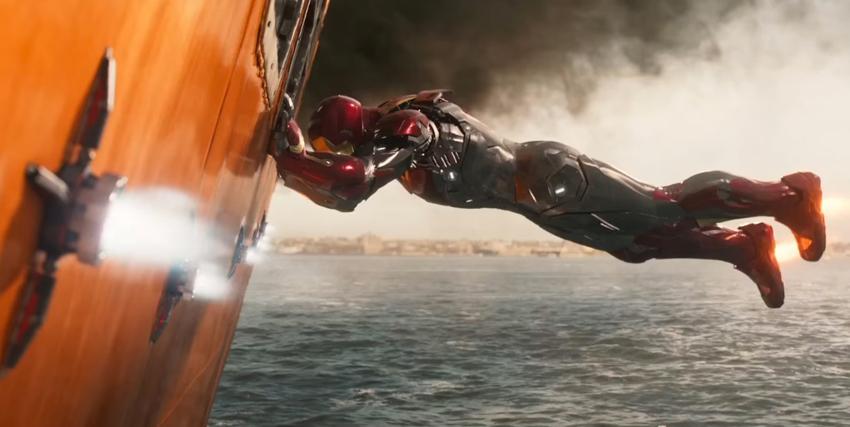 Iron Man spinge la fiancata di una nave - nerdface