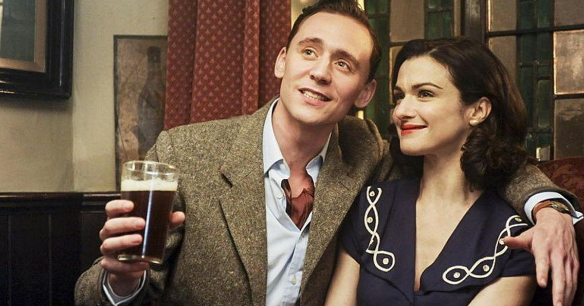 Tom Hiddleston insieme a Rachel Weisz in The Deep Blue Sea - nerdface