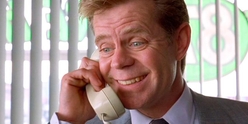 William H. Macy risponde al telefono in fargo - nerdface