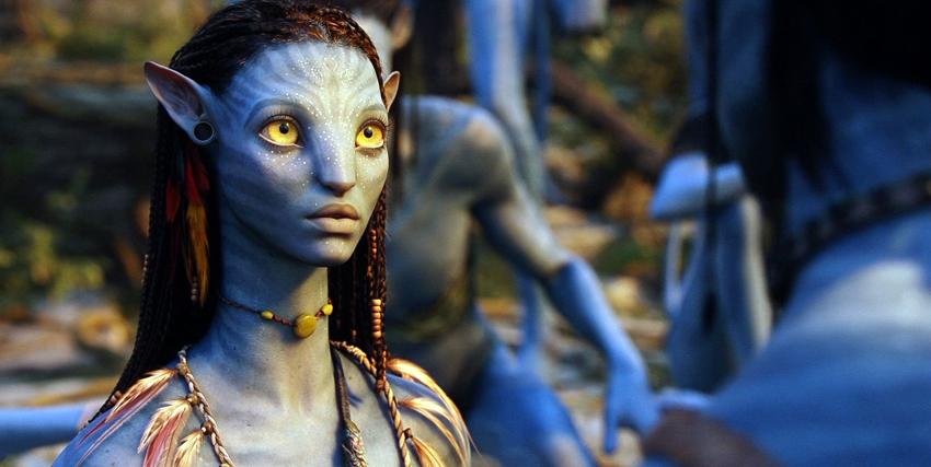 Zoe Saldana in Avatar - nerdface